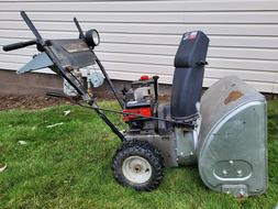 "MTD 5/24 2 stage snow blower, w/light 5hp 24"" Clearance"