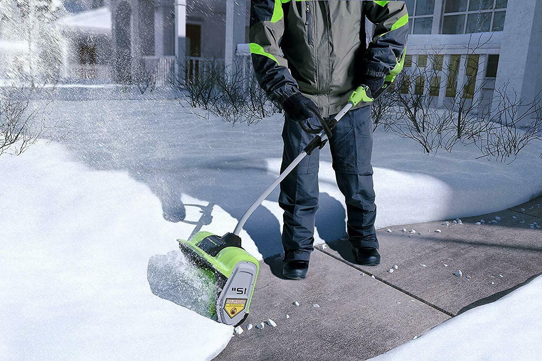 Greenworks 12-Inch 40V Cordless Snow Shovel Included
