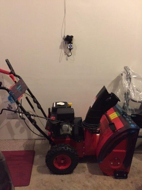 """Power Smart DB7651 24"""" 208cc LCT Two-Stage Snow Thrower with"""
