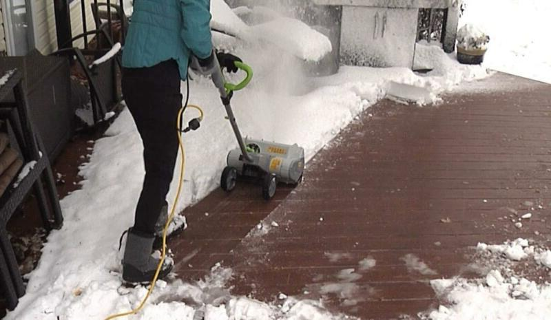 Electric Corded Cordless Snow Thrower