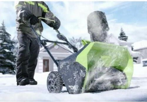 Greenworks Pro 60-Volt Single-Stage Cordless Electric Snow Blower